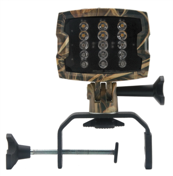 XFS PORTABLE LIGHT, CAMO by:  Attwood Part No: 14187XFS-7 - Canada - Canadian Dollars