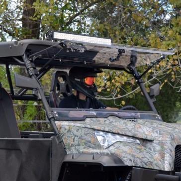 Super ATV Pare-brise à bascule